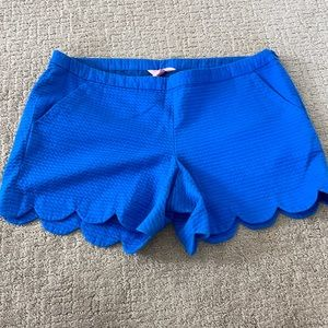 Lilly Pulitzer blue shorts 6 side zip
